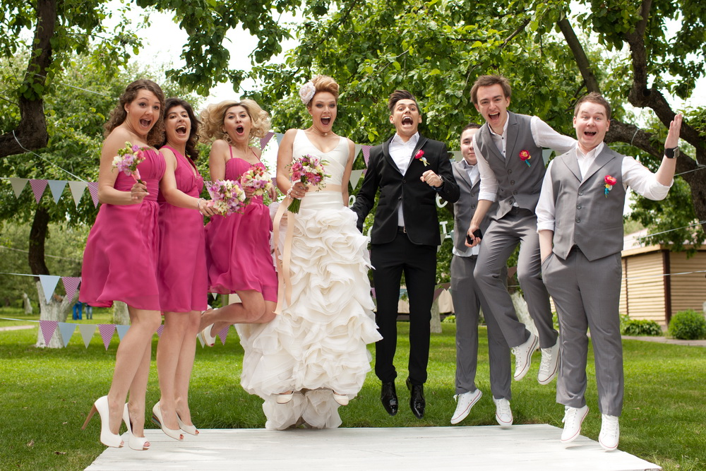 Образы свидетелей на свадьбе