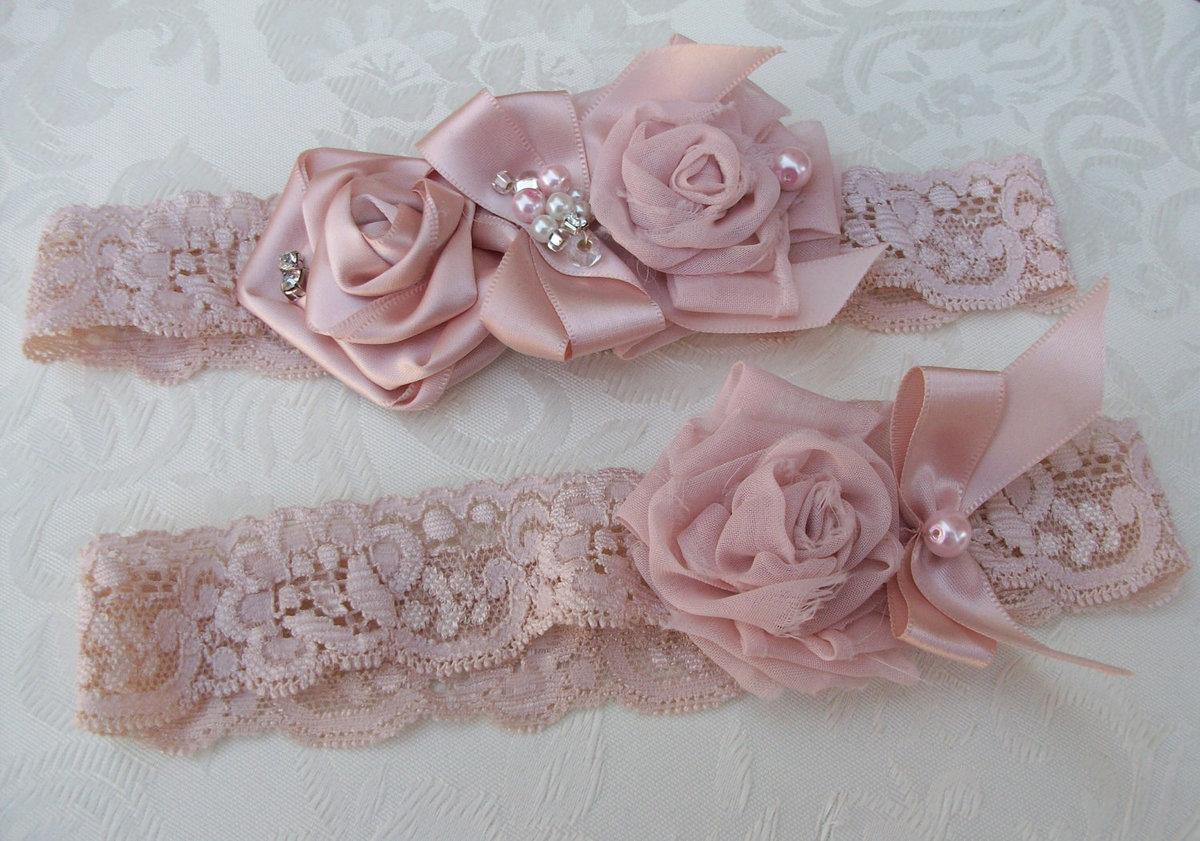 Подвязка невесты на свадьбу